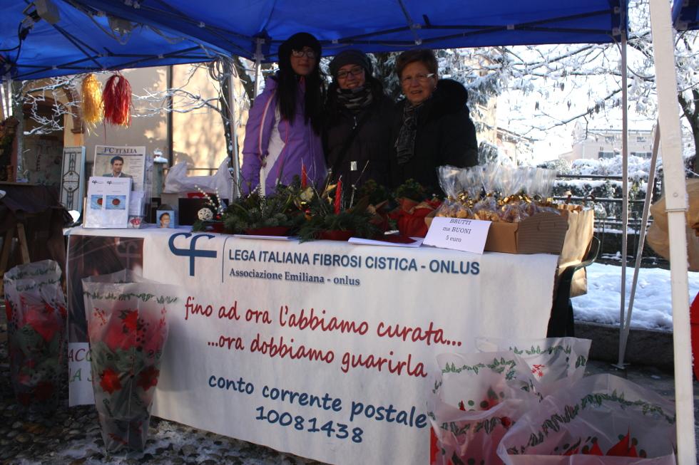 Neanche il freddo ha fermato il banchetto di Sospiro del 9 dicembre!