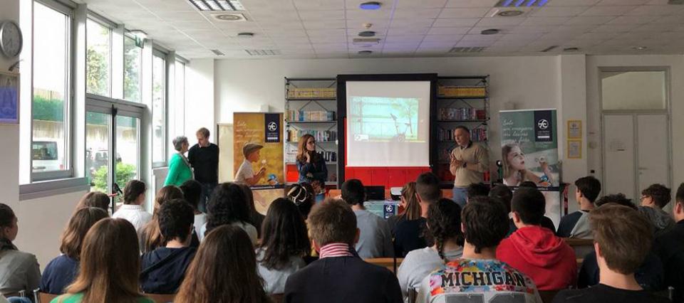 Scuola e solidarietà: incontro al Liceo Porta di Parma